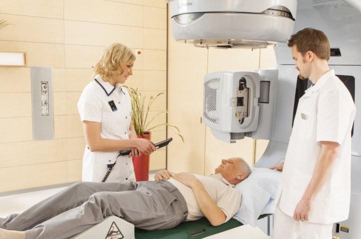 Лучевая терапия для пациенток старшего возраста
